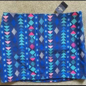 Hollister Mini Skirt Sz 3 NWT Geometric Triangles